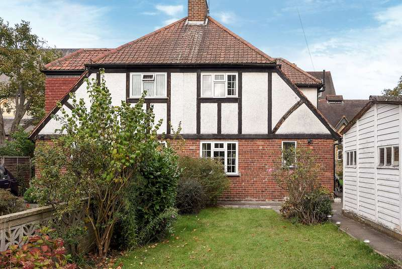 4 Bedrooms Semi Detached House for sale in Teddington