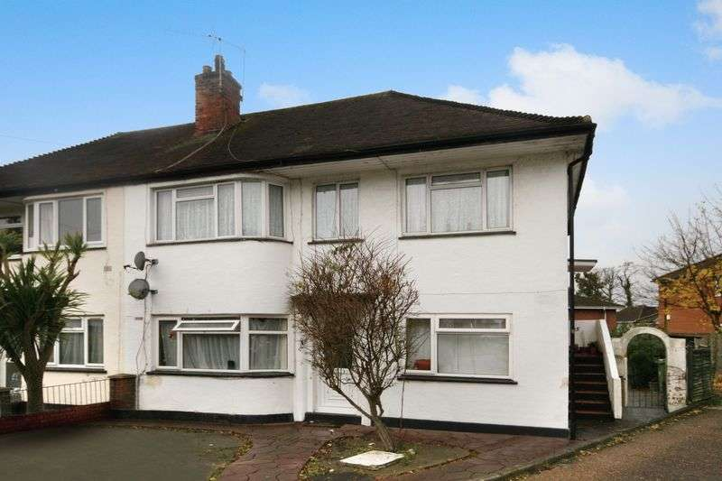 3 Bedrooms Flat for sale in Sudbury Croft, Wembley