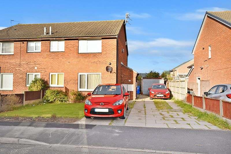 1 Bedroom Semi Detached House for sale in Whernside, Widnes