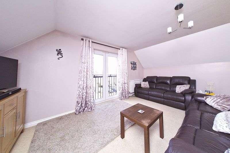 3 Bedrooms Flat for sale in Hawthorn Road, Bognor Regis, PO21