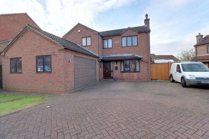 4 Bedrooms Detached House for sale in Elizabeth Close Scotter