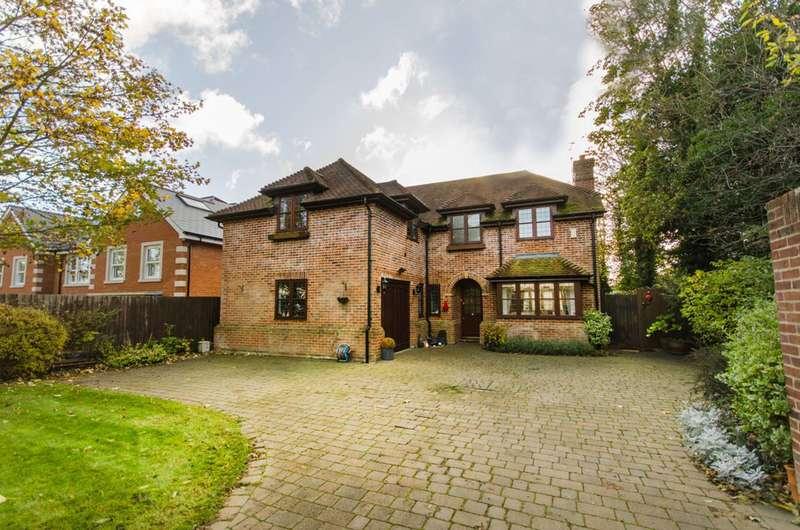 4 Bedrooms House for sale in Beech Hill, Hadley Wood, EN4
