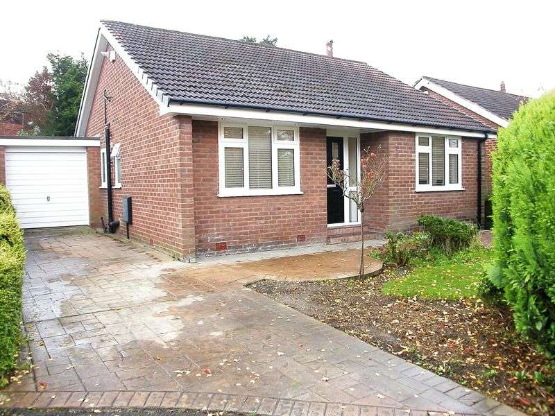 2 Bedrooms Bungalow for sale in POYNTON (OAK GROVE)
