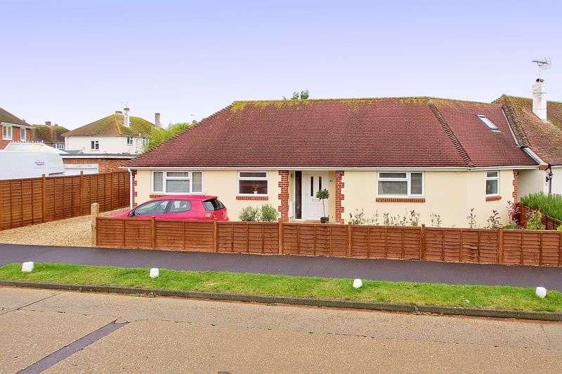 2 Bedrooms Detached Bungalow for sale in Frobisher Road, Bognor Regis, PO21