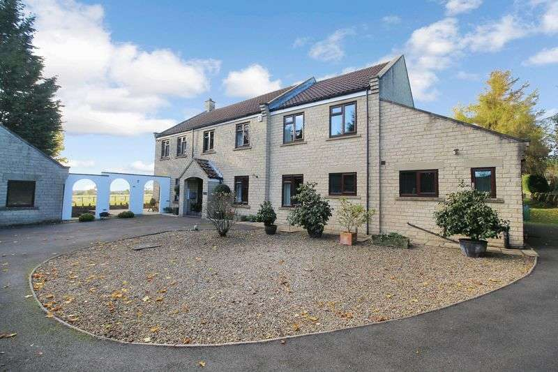 4 Bedrooms Detached House for sale in Halleykeld House, Chapel Lane, Scarborough