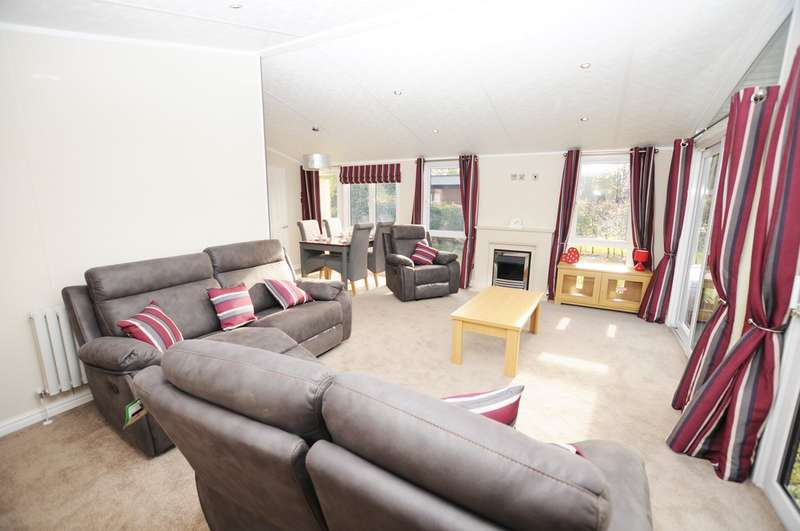 2 Bedrooms Mobile Home for sale in Gressingham Lodge, South Lakeland Leisure Park