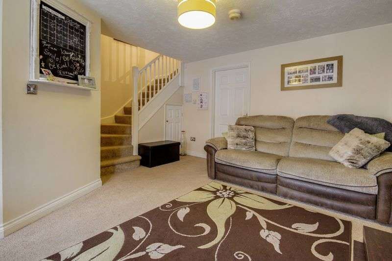 3 Bedrooms Terraced House for sale in Cedar Wood Drive, Newport