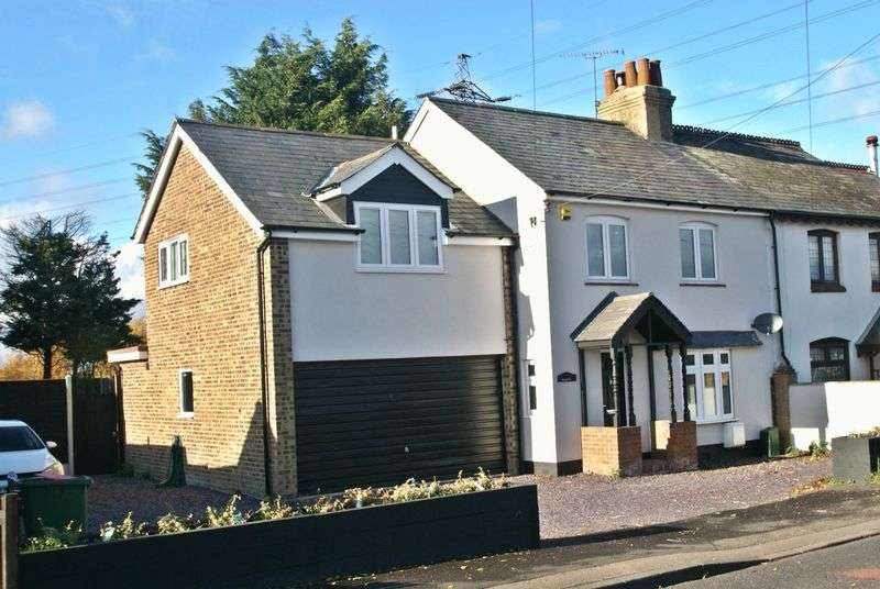 Semi Detached House for sale in Clay Tye Road, Upminster