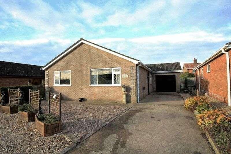 3 Bedrooms Detached Bungalow for sale in Thornton Crescent, Horncastle.