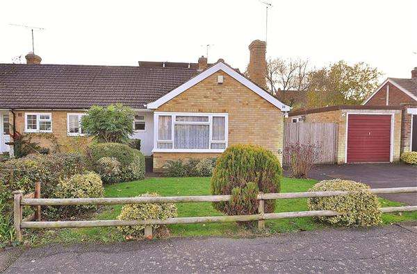 2 Bedrooms Bungalow for sale in ASHFORD TN26