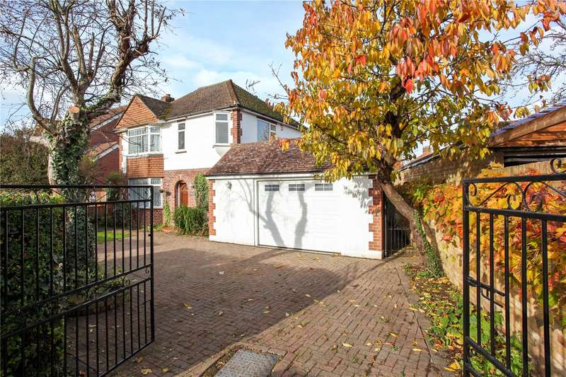 5 Bedrooms Detached House for sale in Wheatsheaf Lane, Staines-upon-Thames, Surrey, TW18