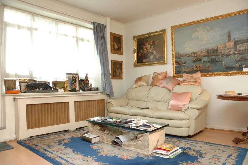 2 Bedrooms Flat for sale in Hyde Park Place, Hyde Park Estate, W2