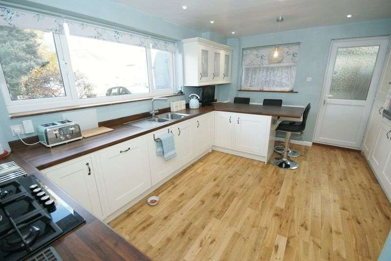 3 Bedrooms Terraced House for sale in Stifford Clays, Grays