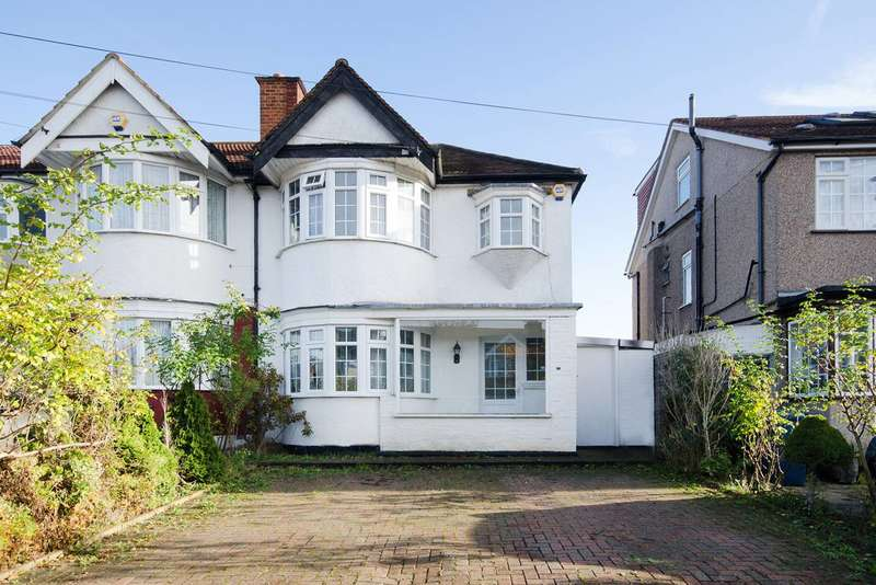 3 Bedrooms House for sale in Lynton Road, Harrow, HA2