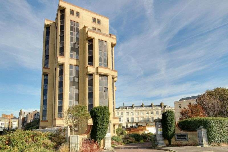 1 Bedroom Retirement Property for sale in Homeheights, Southsea, PO5 3NW