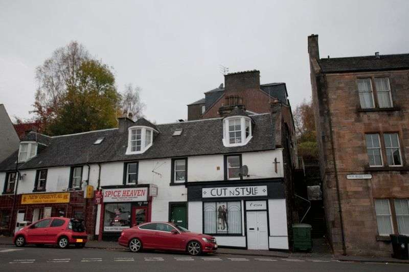 3 Bedrooms Flat for sale in Lower Bridge Street, Stirling