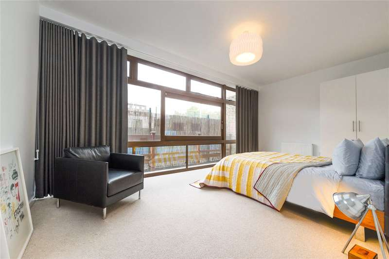 1 Bedroom Flat for sale in Cabanel Place, London, SE11