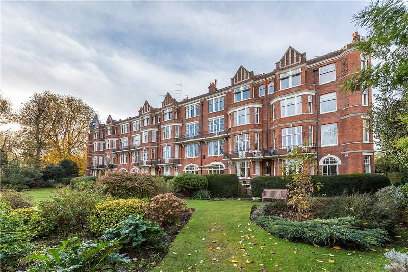 3 Bedrooms Flat for sale in Richmond Bridge Mansions, Willoughby Road, Twickenham, TW1