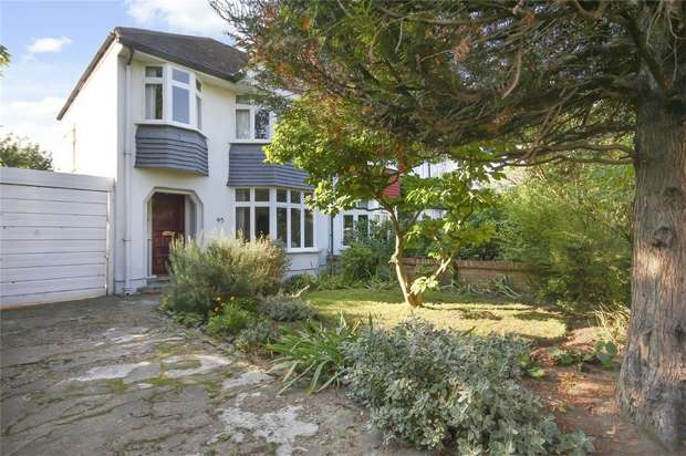 3 Bedrooms Semi Detached House for sale in Whitton Road, Twickenham