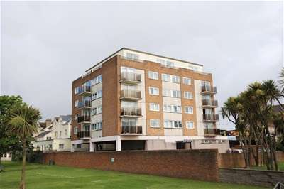 2 Bedrooms Flat for sale in Torbay Road, Paignton