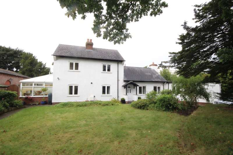 3 Bedrooms Detached House for sale in Littleton Lane, Chester, Cheshire, CH3