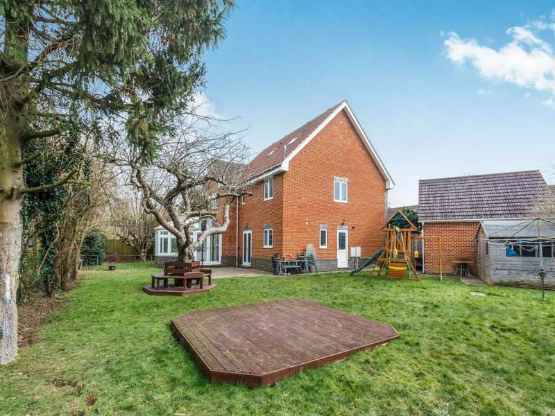 7 Bedrooms Detached House for sale in Plains Avenue, Maidstone, ME15