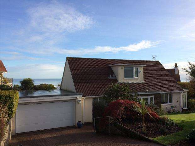 3 Bedrooms Detached House for sale in Higher Downs Road, Babbacombe, Torquay, Devon