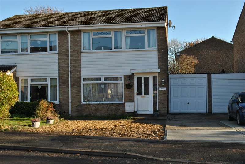 3 Bedrooms Semi Detached House for sale in Housman Avenue, Royston