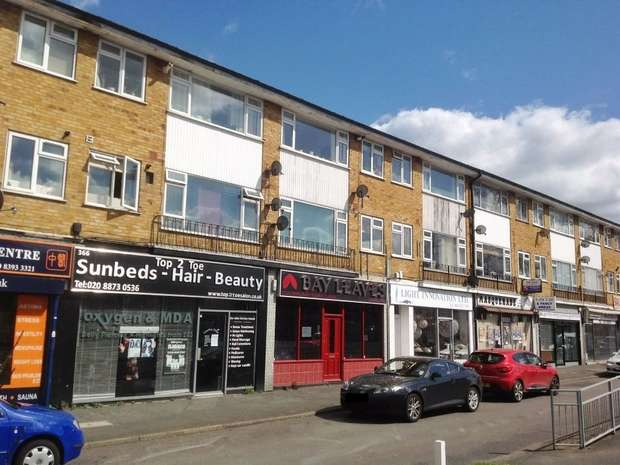 2 Bedrooms Flat for sale in Kingston Road, Ewell