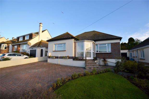 2 Bedrooms Detached Bungalow for sale in Beverley Rise, Brixham, Devon