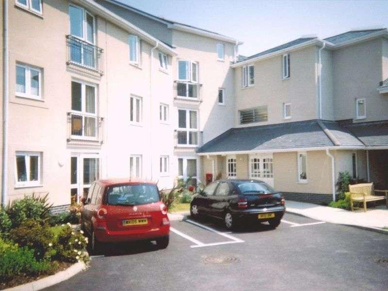 1 Bedroom Retirement Property for sale in Trafalgar Court, Penzance, TR18 2TB