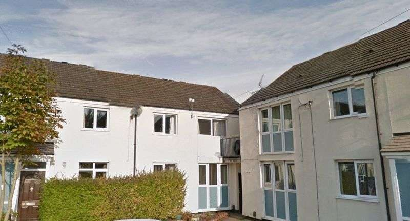 1 Bedroom Flat for sale in Barry Avenue, Preston, PR2 3XQ