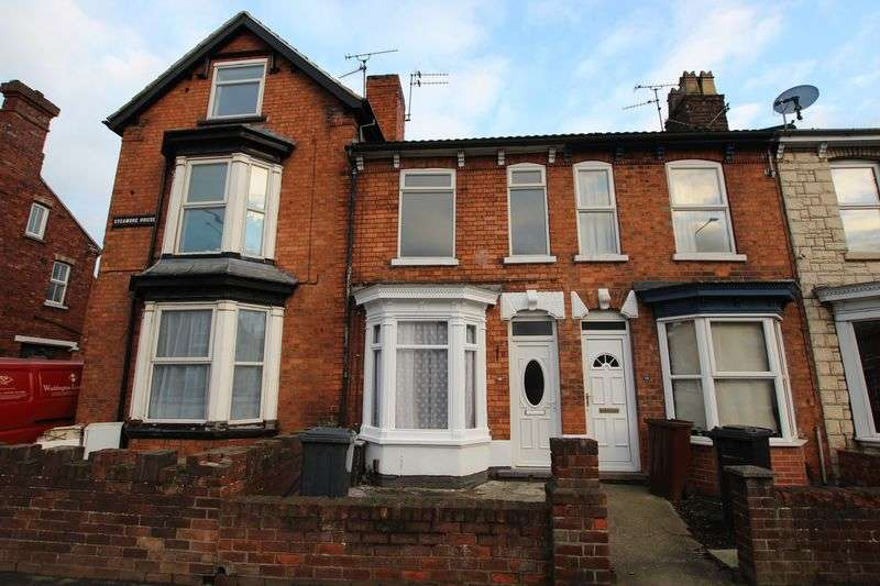 3 Bedrooms Terraced House for sale in 42 Newark Road, Lincoln