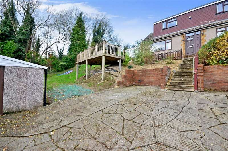 5 Bedrooms Detached House for sale in Cowper Road, Dover, Kent