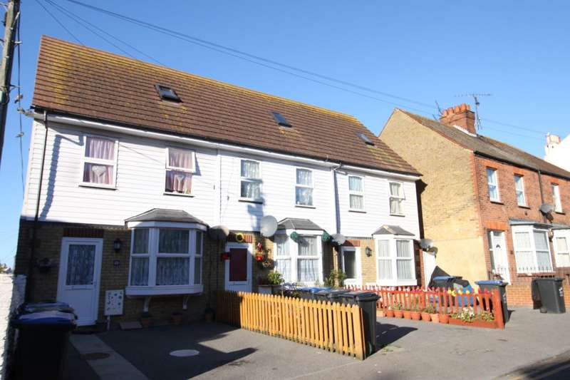 9 Bedrooms Detached House for sale in Clifton Gardens