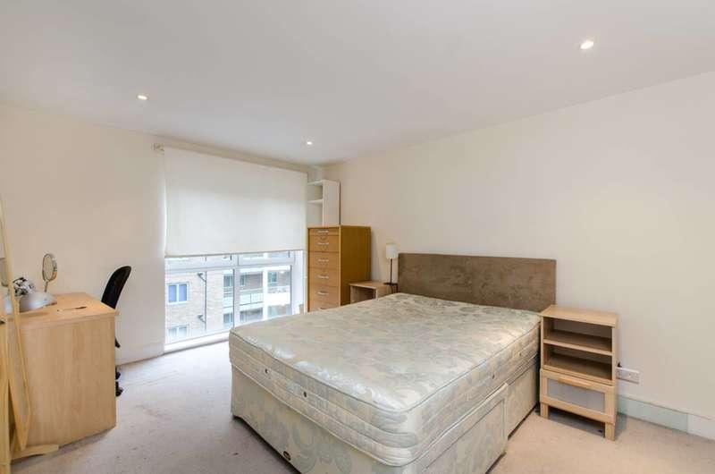 3 Bedrooms Flat for sale in Vauxhall Bridge Road, Pimlico, SW1V