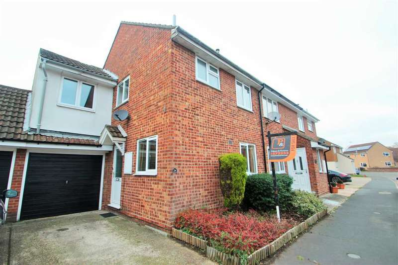 3 Bedrooms End Of Terrace House for sale in Roach Vale, Colchester