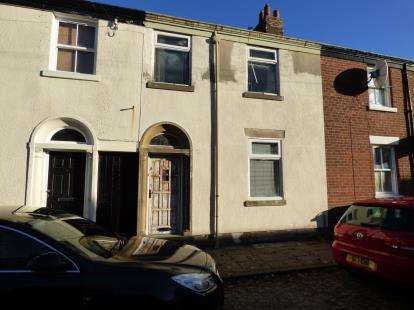 3 Bedrooms Terraced House for sale in Frenchwood Street, Preston, Lancashire, PR1
