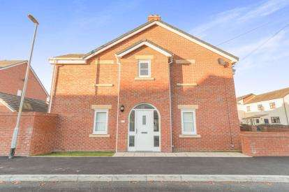 3 Bedrooms Semi Detached House for sale in Sandy Lane, Lymm, Cheshire, Warrington