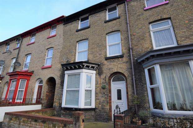 4 Bedrooms Terraced House for sale in Norwood Street, Scarborough, North Yorkshire, YO12 7EQ