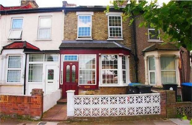 4 Bedrooms Terraced House for sale in Bury Street, Edmonton, London