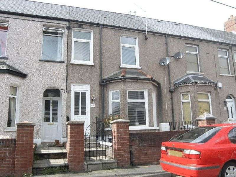 3 Bedrooms Property for sale in Tynewydd Road, Pontnewydd, Three Bedrooms