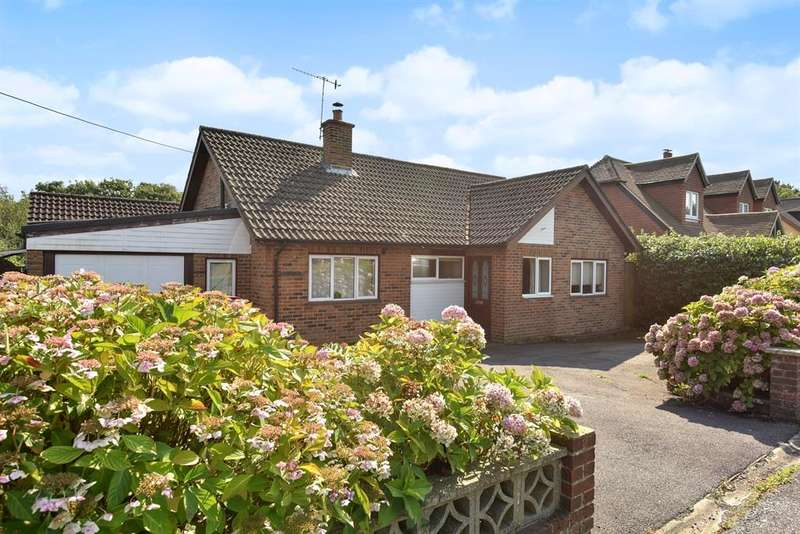 5 Bedrooms Detached House for sale in Springwell Road, Beare Green, Dorking, RH5
