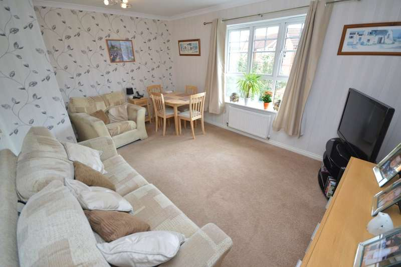 2 Bedrooms Flat for sale in Mill Chase Road, Alverthorpe, Wakefield