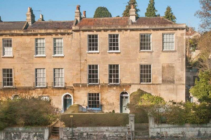 4 Bedrooms Terraced House for sale in Worcester Terrace, Bath