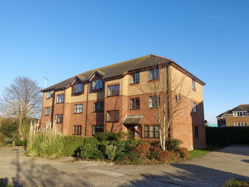 1 Bedroom Flat for sale in Copper Hall Close, Rustington