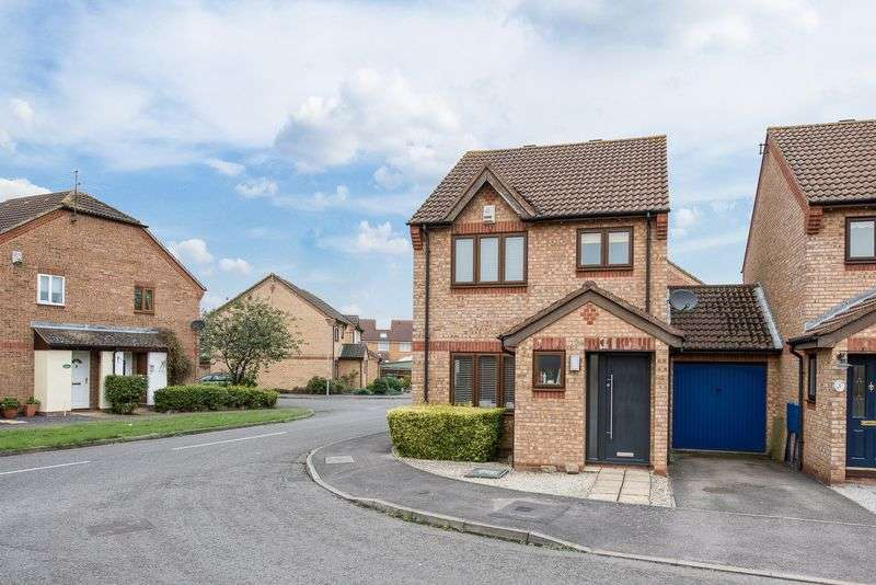3 Bedrooms Detached House for sale in Batt Furlong, Aylesbury