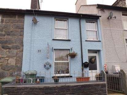3 Bedrooms Terraced House for sale in Penbryn Terrace, Blaenau Ffestiniog, Gwynedd, LL41