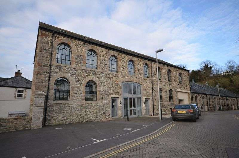 1 Bedroom Flat for sale in Heritage Park, Tavistock