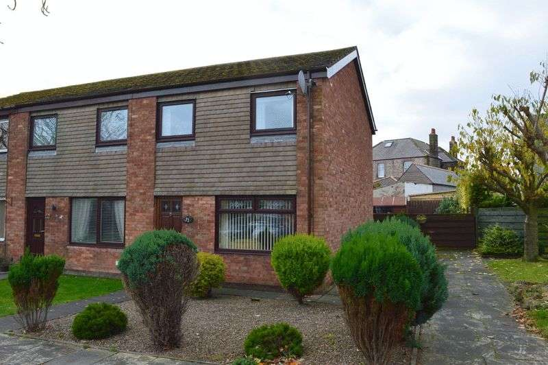 3 Bedrooms Terraced House for sale in Crosthwaite Terrace, Tweedmouth, Berwick-Upon-Tweed